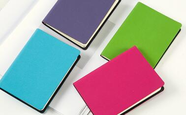 Top 5 Benefits Of Printing Customized Diaries For Your company