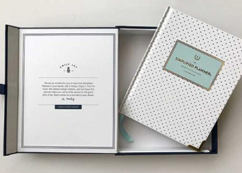 How to choose the best gift box packaging for the planners?